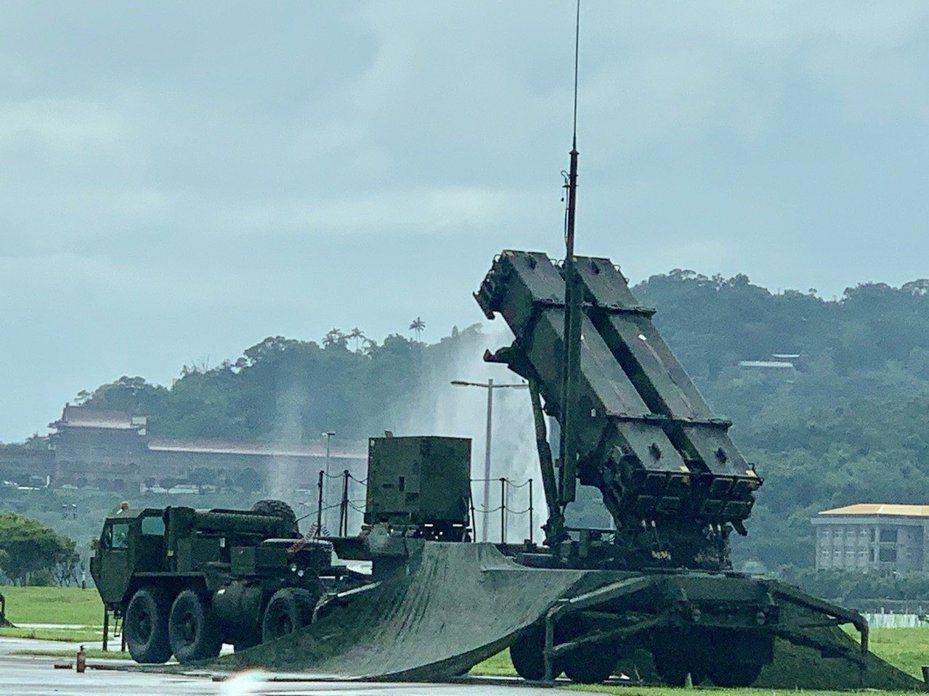 國軍耗資1791億餘元,對美採購6個連愛國者3型防空飛彈,同時將現有部署大台北地區的愛國者2型飛彈提升到3型。圖/本報資料照;記者洪哲政/攝影
