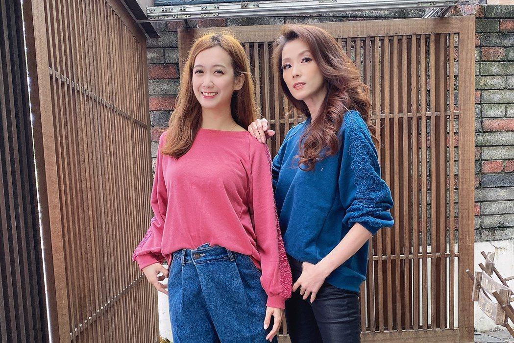 葉全真(右)臭臉當特色,韓國直播被小延使喚。圖/翰成數位直播提供
