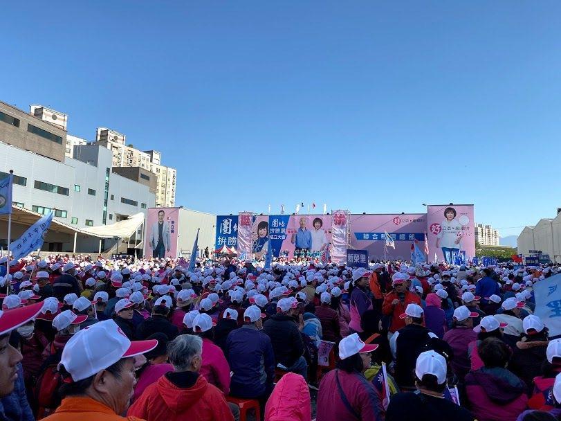 桃園市立委第五選區參選人呂玉玲平鎮競總成立大會,現場約1萬名民眾到場參與。記者高...
