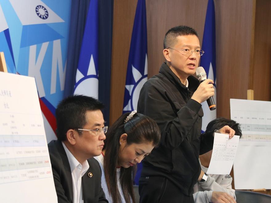 韓國瑜競選辦公室副執行長孫大千(右)。 聯合報系資料照/記者林伯東攝影