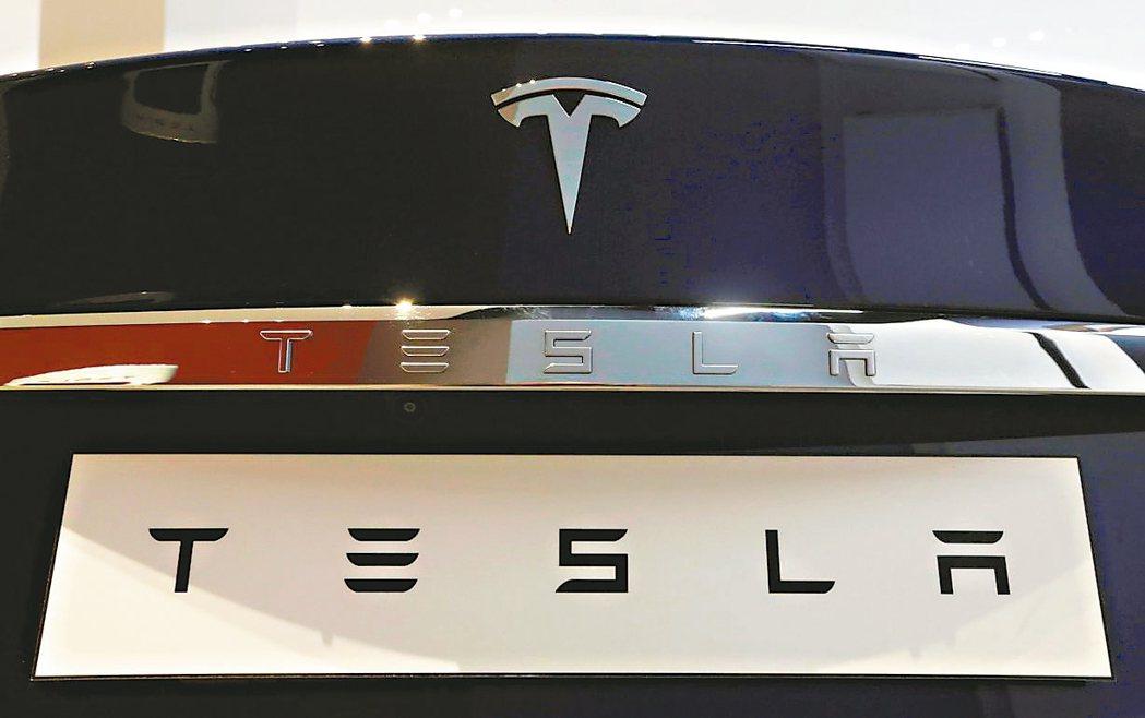特斯拉(Tesla)電動車熱銷,陸廠積極卡位搶訂單,印刷電路板(PCB)與PCB...
