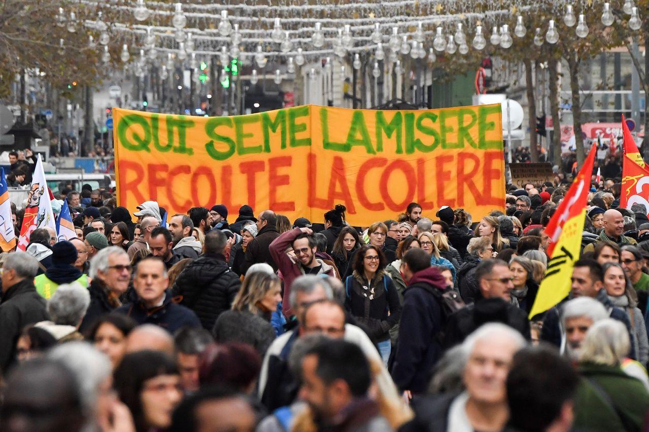 法政府拒讓步,工會揚言10日擴大規模。 法新社