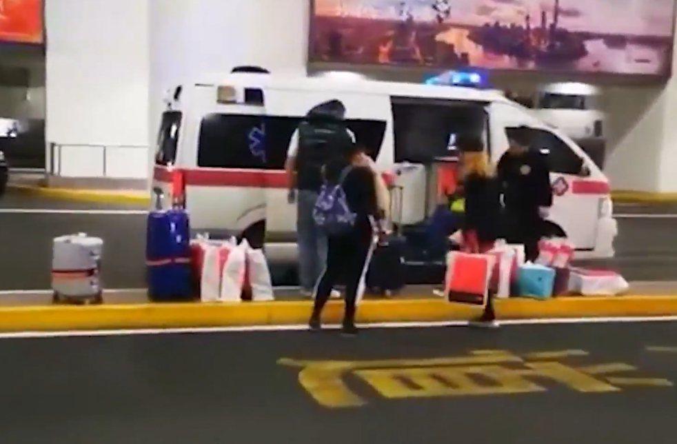 救護車違規機場載客。 圖/翻攝自影片