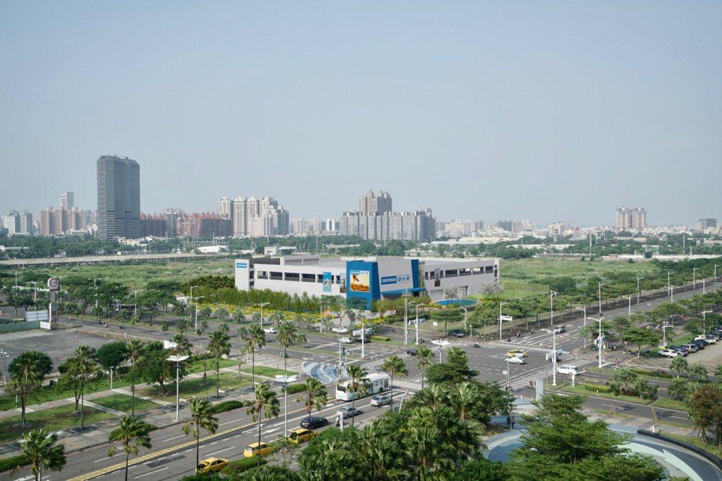 「迪卡儂高雄亞灣旗艦店」占地4千坪,規劃興建3層樓,賣場面積將近2千坪,營運後會...