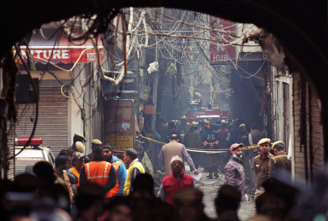 「今日公祭明天忘記...這就是移工的窮苦悲歌。」印度德里首都圈的中央舊城區,8日...