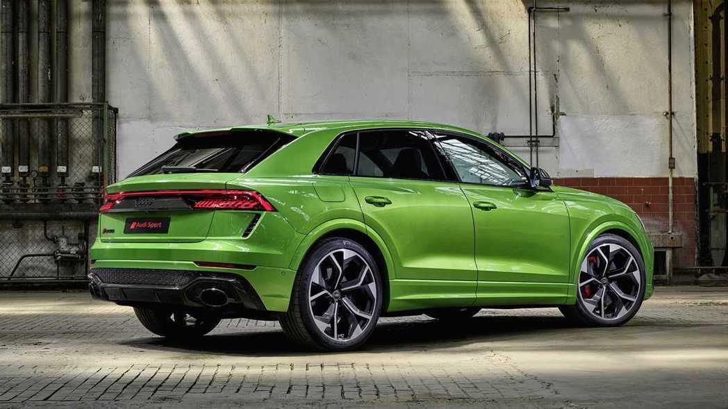 RS Q8將會是Audi裡輪圈尺寸最大的車款。 摘自Audi