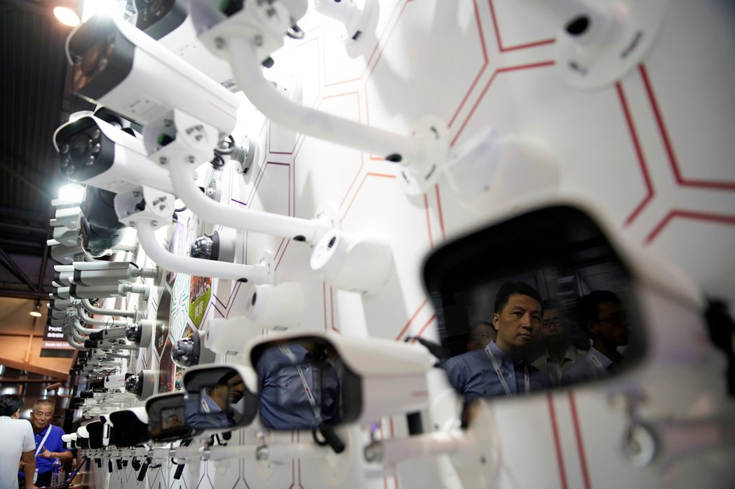 臉孔數據交易的「黑色產業鏈」,在中國顯然已經成形。 圖/路透社