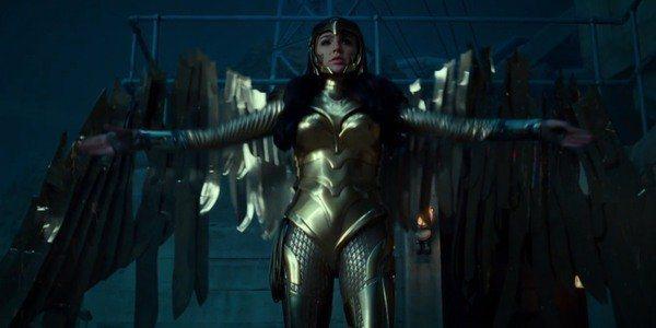 黛安娜普林斯在「神力女超人1984」換上金鷹盔甲。圖/翻攝自Youtube