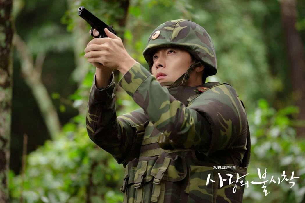 玄彬飾演北韓軍官。圖/摘自tvN