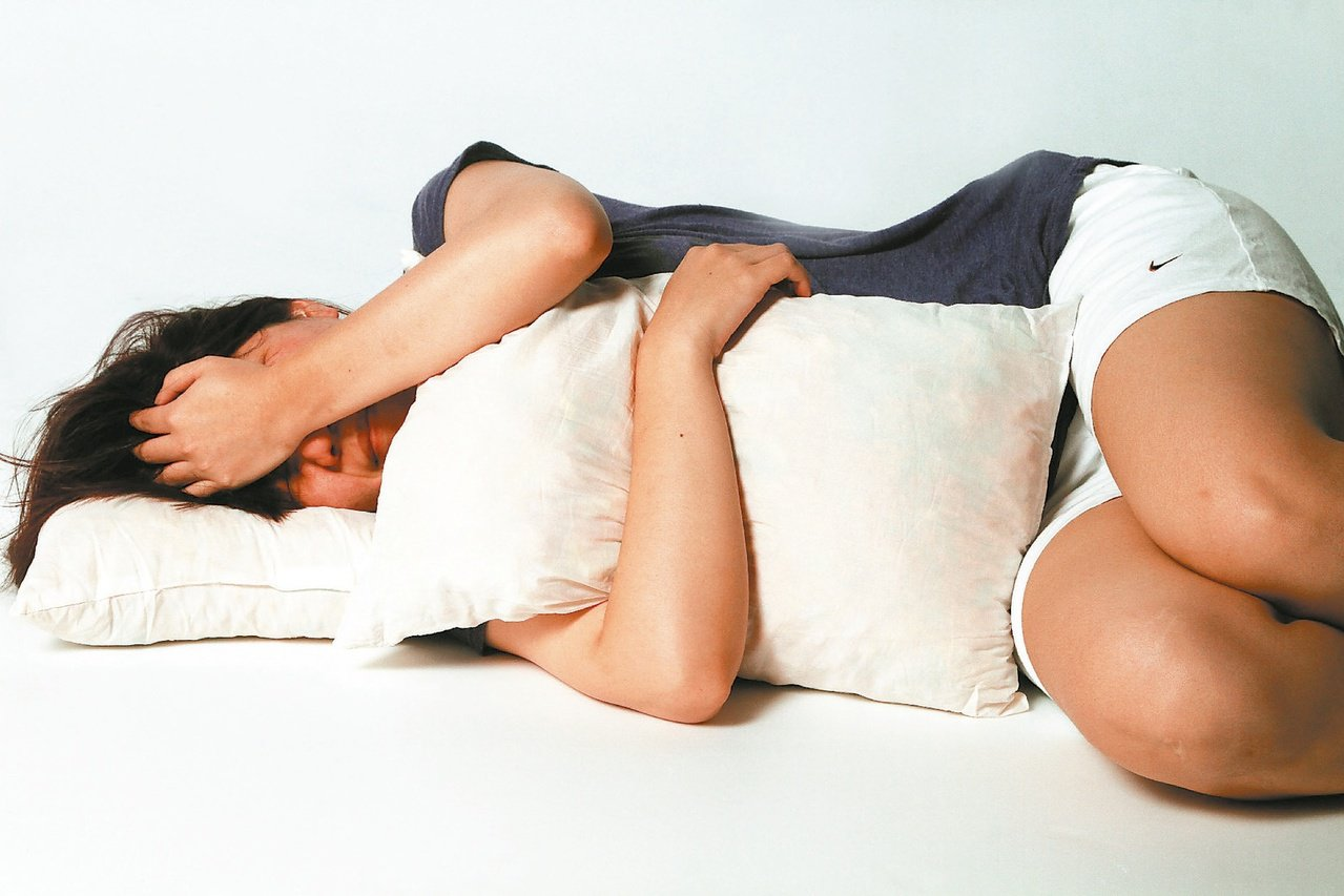 假日好補眠,但專家提醒不要補眠過度。圖/本報資料照