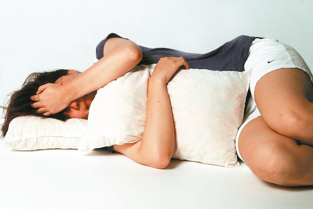 假日好補眠,但專家提醒不要補眠過度。圖/ 本報資料照