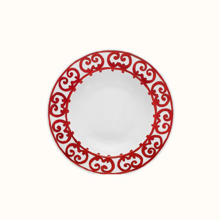西班牙紅餐瓷系列湯盤,5,220元。圖/愛馬仕提供
