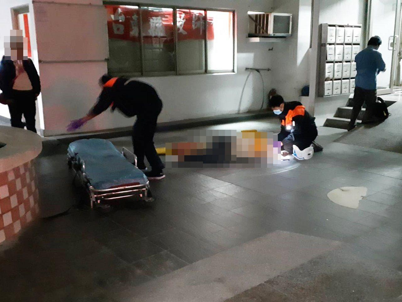 台東市豐盛街附近一棟大樓今天晚上5點多,發生1名年約17歲高職生,疑未帶住家錀匙...