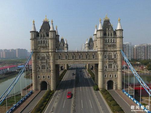 近年蘇州一座山寨版的倫敦塔橋引發了大陸對於山寨奇觀的反思。 圖/取自每日頭條
