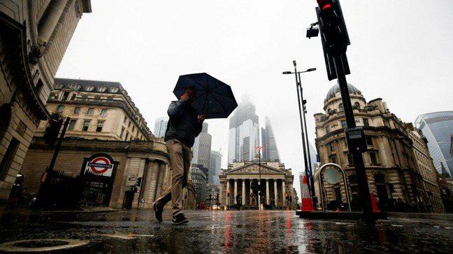 倫敦和香港、紐約一樣,因全球化而繁榮,成為全球金融重鎮。但世界局勢轉向去全球化,...