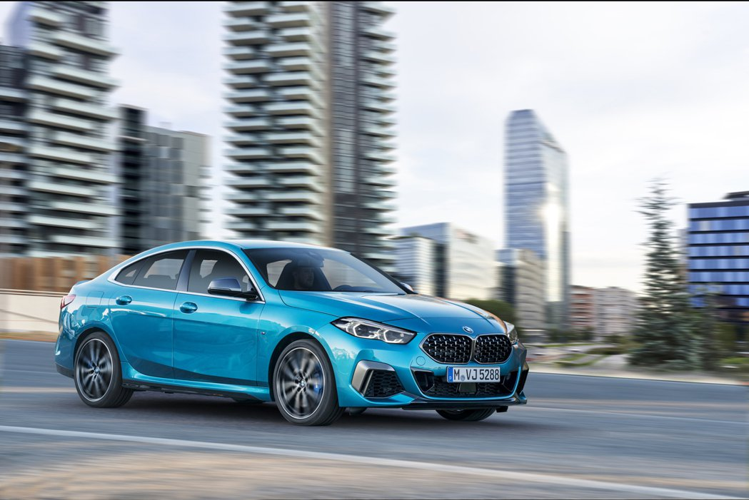 BMW M235i xDrive Gran Coupe最大馬力可爆發至306hp...