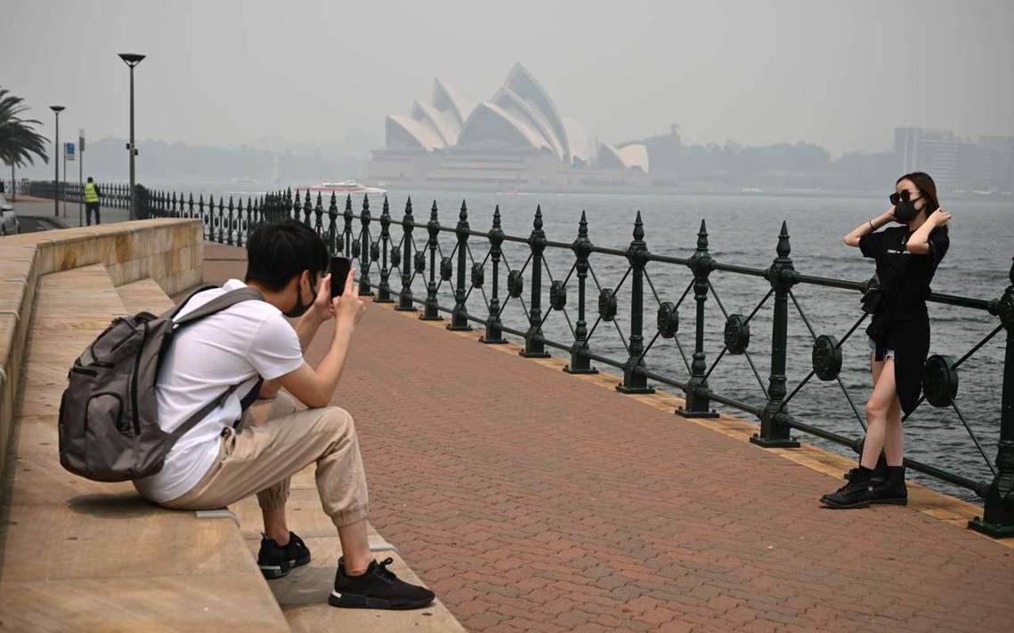 《BBC》報導指出,雪梨在過去幾週,因呼吸問題而住院的人數就增加了25%。當地的...
