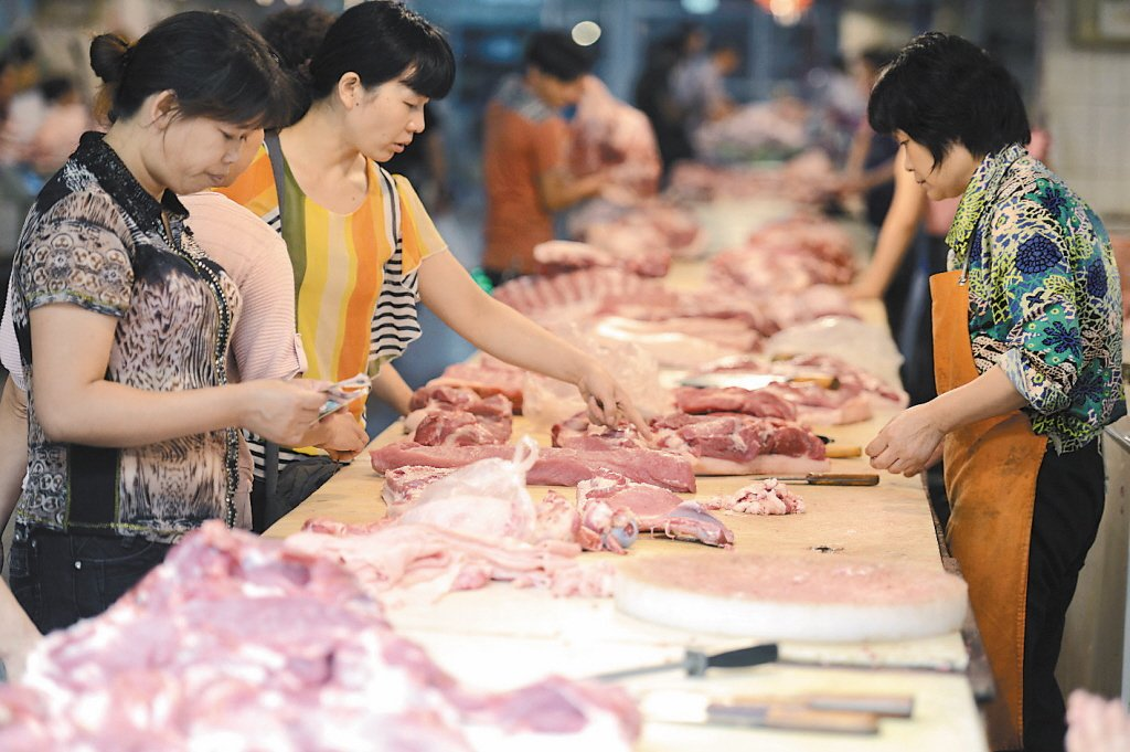 年關將近,大陸豬肉價格居高不下。本報資料照片
