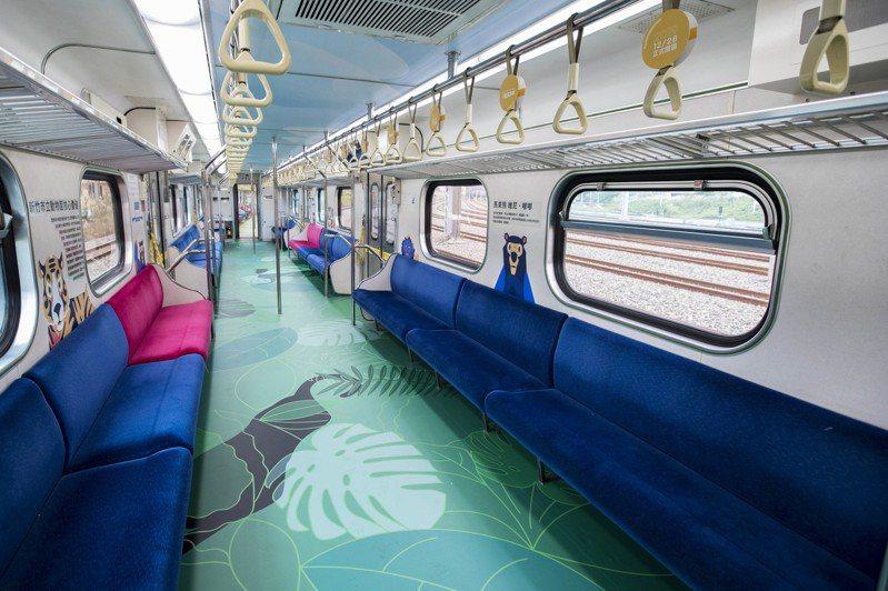 迎接新竹市立動物園28日開園,市府與台鐵合作打造河馬、山羌、老虎、台灣獼猴等動物的彩繪區間車。圖/市府提供