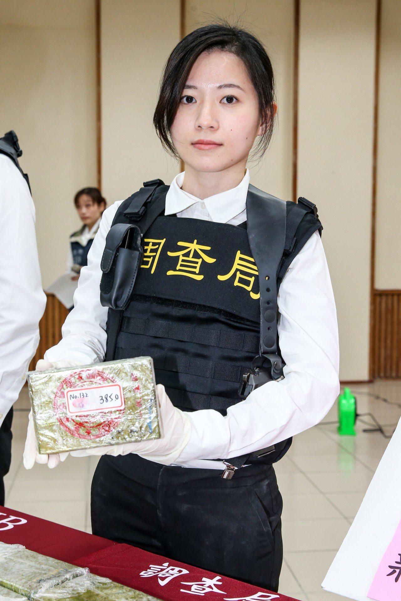 調查局美女調查官李穎,外號「小林志玲」。圖/資料照片