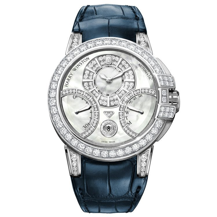 海瑞溫斯頓Ocean系列雙逆跳腕表,18K白金表殼搭配珍珠母貝表盤,鑲有127顆...