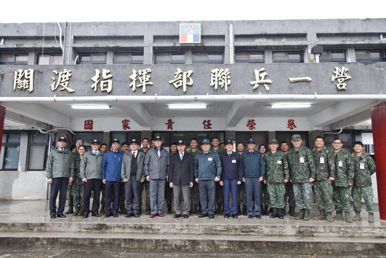 國防部積極整編「聯合兵種營」,位於北部的陸軍關渡指揮部,目前也完成聯兵營編組,新...