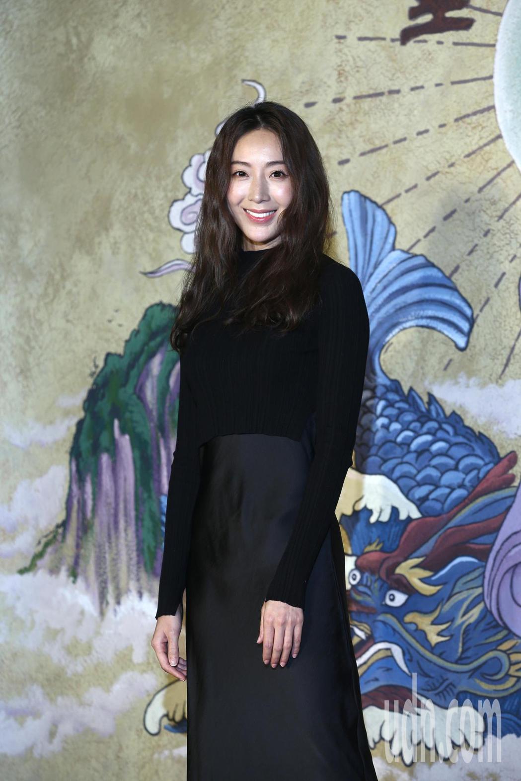 隋棠下午出席《乩身》開拍記者會,表示她很喜歡「再見瓦城」這部電影,柯震東是一個會...
