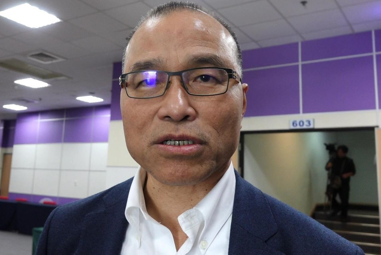 高雄市副市長葉匡時說,民進黨立院黨團多次將重要法案逕付二讀,那才叫做不尊重在野黨...