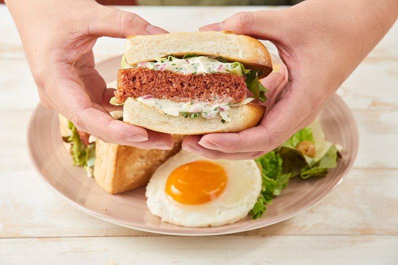 Royal Host「未來農家鮮蔬麵包」售價120元起。圖/東元餐飲集團提供