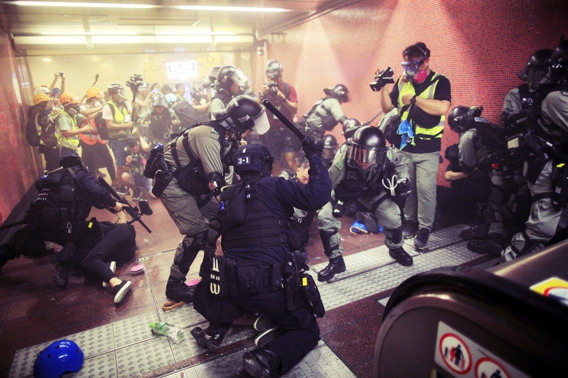 「我們判斷:香港監警會在權限、能力、與執行獨立調查的空間上,都存在著嚴重的瑕疵。...