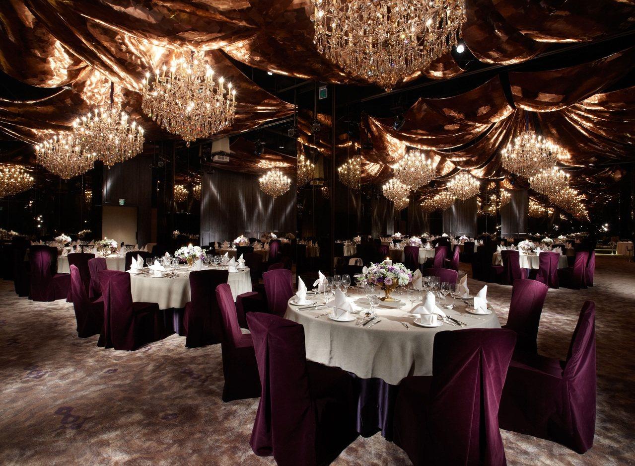 君品酒店亮廳內部精緻的設計。 (雲朗集團提供)