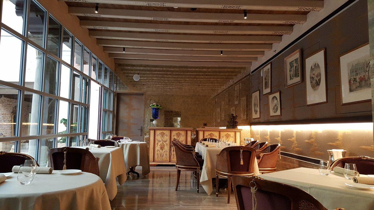雲水之都Palazzo Venart Ristirante GLAM 餐廳獲得米...