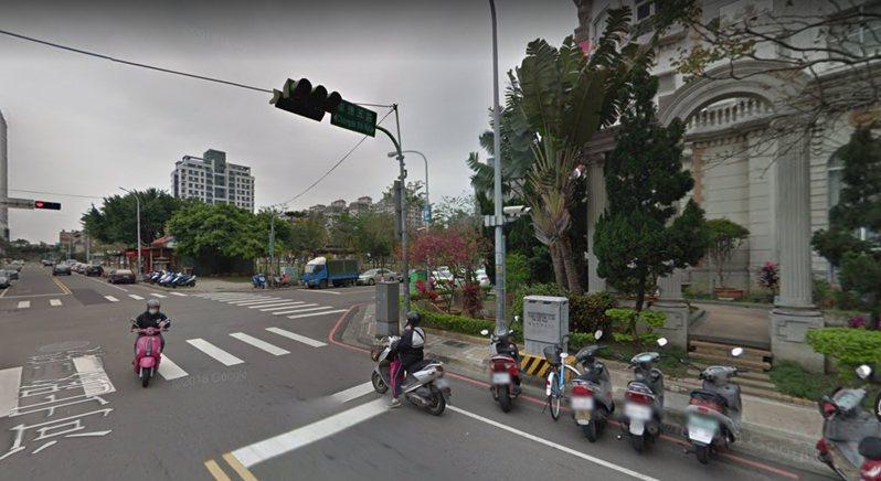 台中市北屯區崇德五路前天清晨發生會車糾紛,警方循線逮捕林嫌等9人。圖/翻攝自GOOGLE地圖