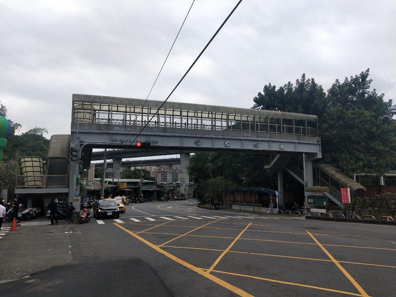 泰山黎明陸橋將於本月13日進行拆除。圖/新北市工務局提供