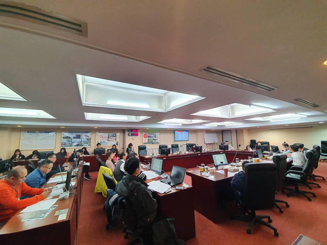 北市議會交通委員會今通過1280月票補助預算。記者楊正海/攝影