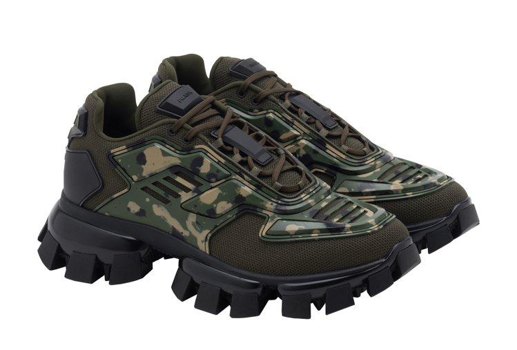 Thunder迷彩運動鞋,37,000元。圖/PRADA提供