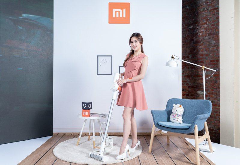 米家手持無線吸塵器Lite,建議售價4,995元,於12月12日中午12點起於指定通路限時預購,12月17日正式開賣。圖/小米台灣提供