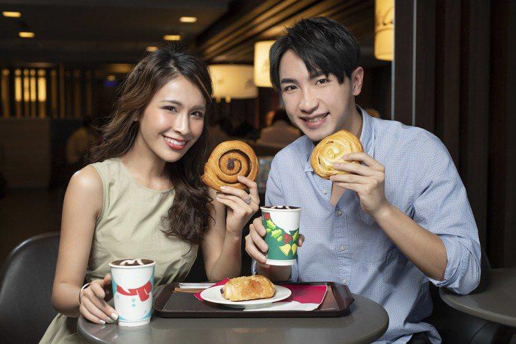 麥當勞McCafe推出三款法國直送麵包。圖/麥當勞提供