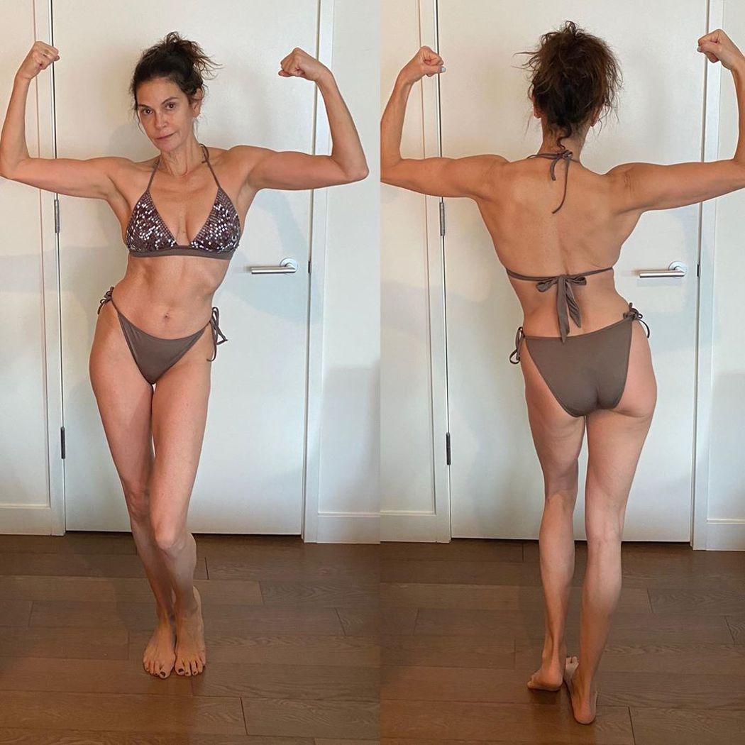 55歲的泰莉海契,身型完全沒有改變,依舊標準,一點都不像中年師奶。圖/摘自Ins