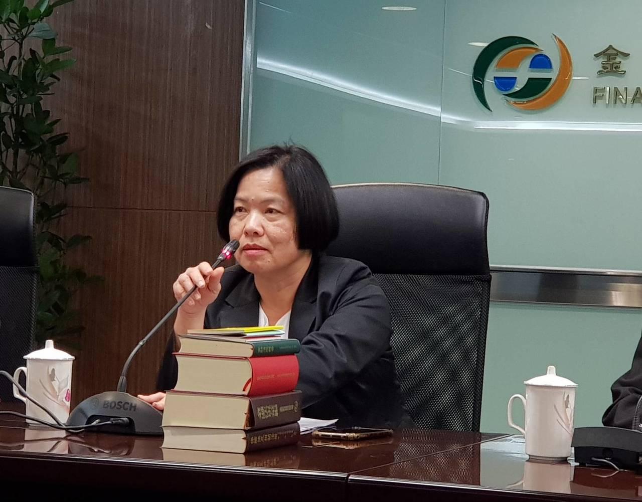 保險局局長施瓊華說,考量南山人壽資產規模及業務龐大,經評估後擋下該人事案。記者戴...
