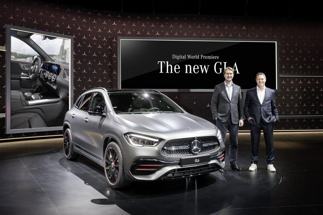 第二代Mercedes-Benz GLA在11日正式發表。 摘自Mercedes...
