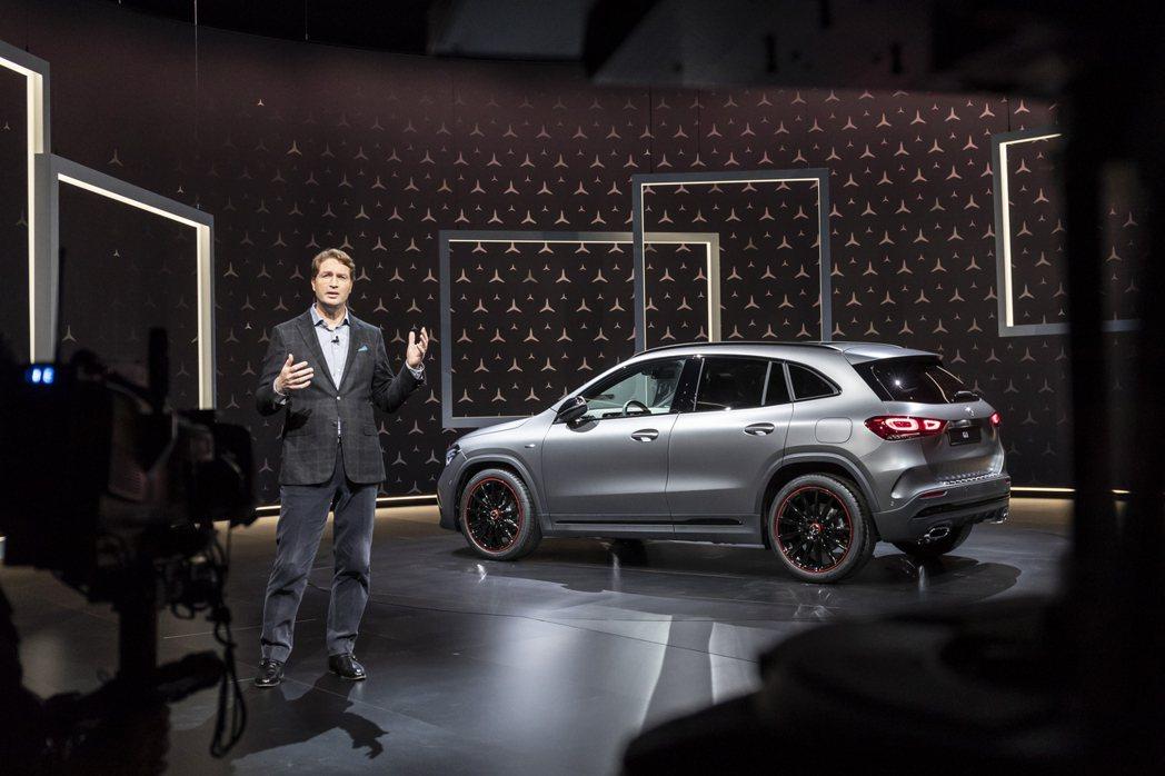 第二代Mercedes-Benz GLA的亮相代表新世代NGCC小車軍團達到了八...