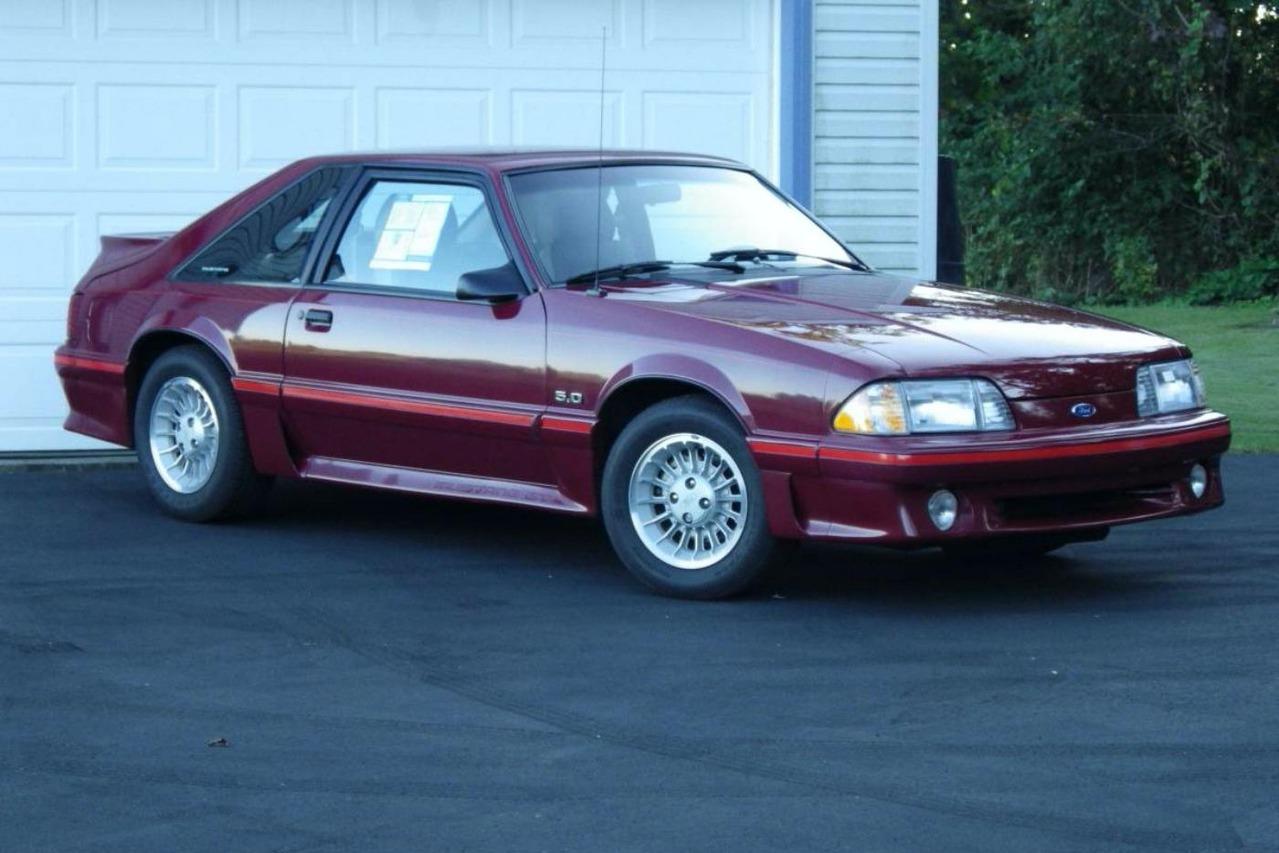 用2020的新車價格買一台1987 Ford Mustang GT!你能接受嗎?
