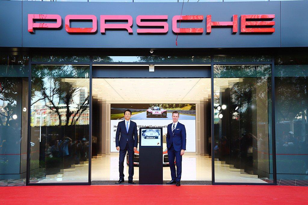台灣保時捷與保時捷桃園攜手合作於Porsche Studio都會概念店首創「Po...