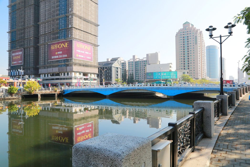 臨安橋改建工程獲中央補助,改善計畫經費約3.65億,由交通部、公路總局全額負擔。...
