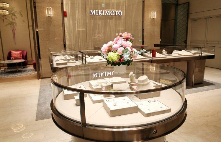 MIKIMOTO台北101頂級珠寶旗艦店,將在12月13至15日展出過50件的頂...