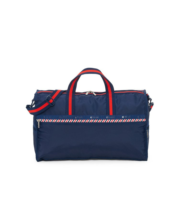 素面海軍藍大型假期旅行袋,5,700元。圖/LeSportsac提供