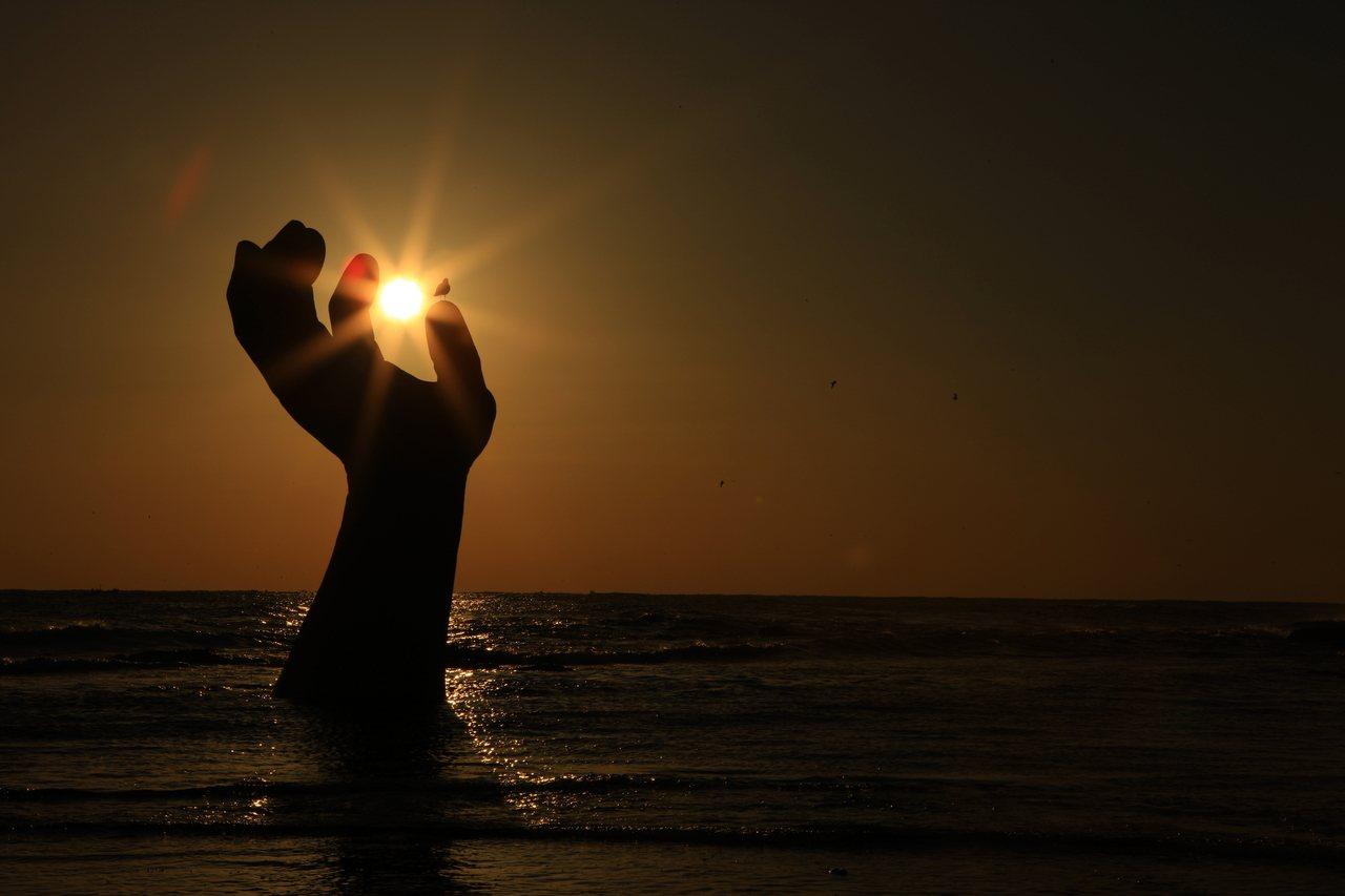 在「虎尾岬韓民族迎日節」可以欣賞以大海為背景的第一道曙光。圖/韓國觀光公社提供