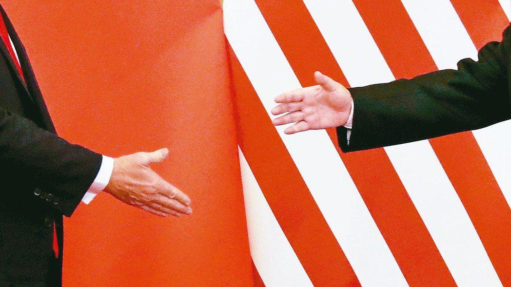 消息人士透露,美國和中國原則上已達成「第一階段」貿易協議,美國15日不對中國大陸...