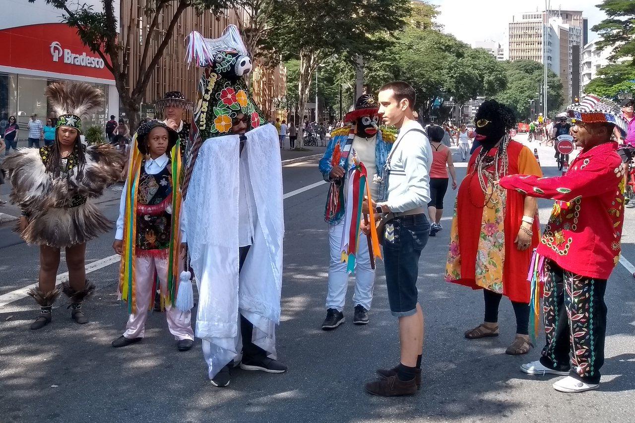 巴西東北布馬蘭豪州的「奔牛」(Bumba Meu Boi)文化綜合體匯集舞蹈、音...